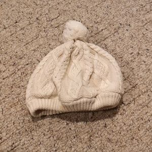 Baby Gap Ivory Cable Knit Hat 6-12 Months